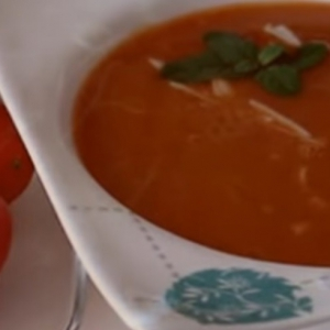 Кальмар - Томатный суп-пюре с кальмарами