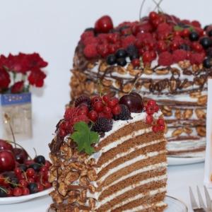 Рецепты славянской кухни - Торт медовый с корицей