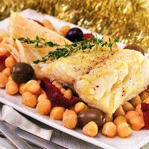 Нут - Треска с нутом оливками и болгарским перцем