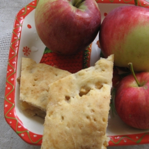 Маргарин - Творожный пирог с яблоками