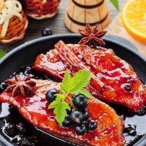 Рецепты из мяса птицы - Утиные грудки в смородиновом соусе