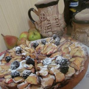Кизил - Яблочно-кизиловый пирог с заварным кремом