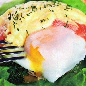 Открытые бутерброды - Яйца бенедикт с красной рыбой