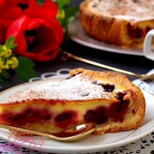 Творог - Заливной пирог с ягодами