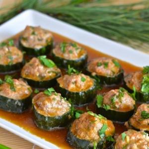 Рецепты азиатской кухни - Жареные огурцы со свининой по-китайски