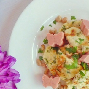 Мясо - Злаковый омлет с томатными бабочками